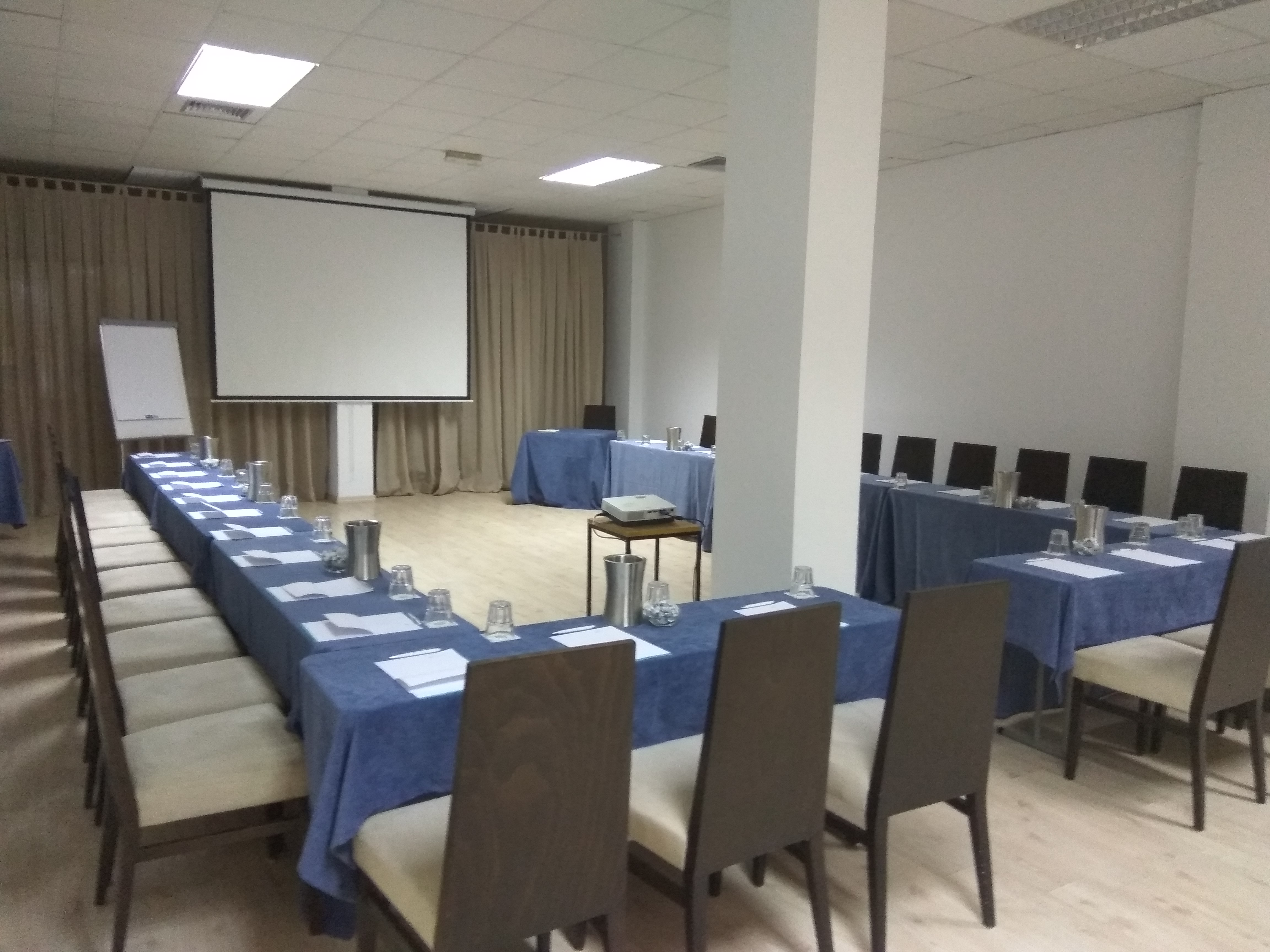 Meetings & Conference Hall